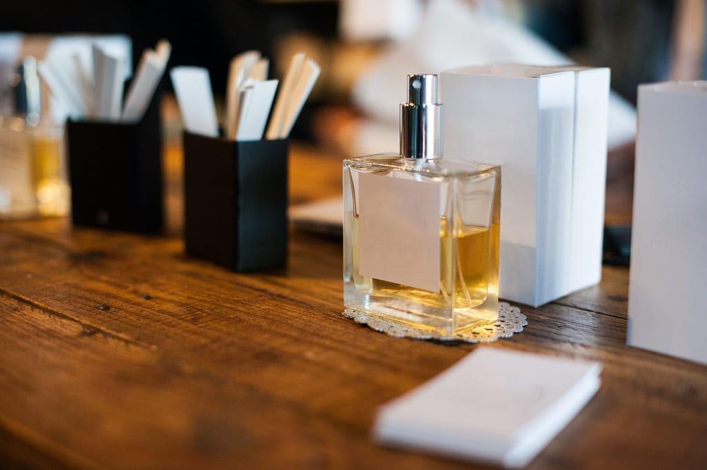 jual parfum sendiri online