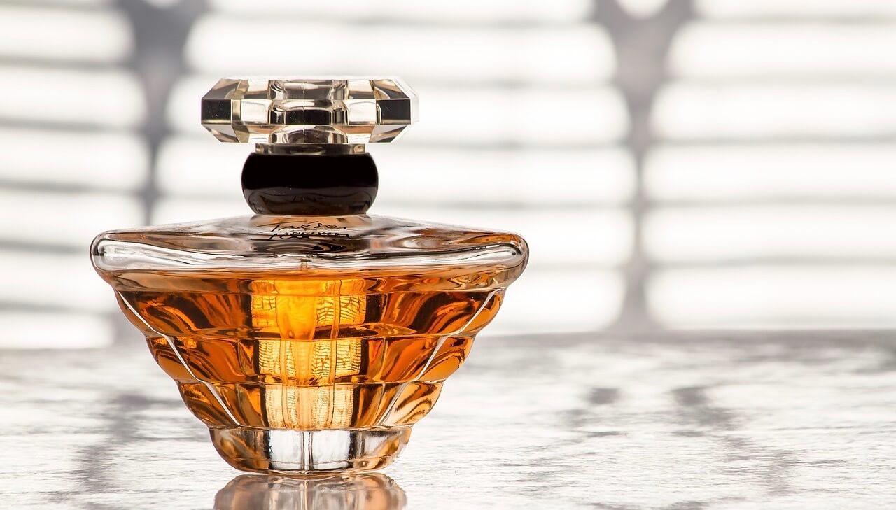 jual parfum merek sendiri